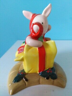 Royal Doulton Winnie The Pooh Christmas Collection 'Happy Christmas Piglet' • 30£