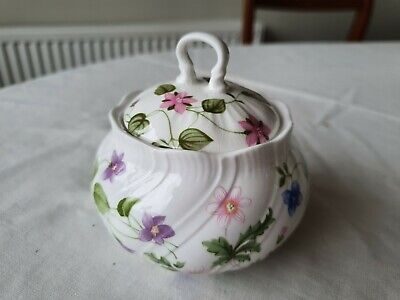 Queens 'country Meadow'   Lidded Sugar Bowl • 9.50£