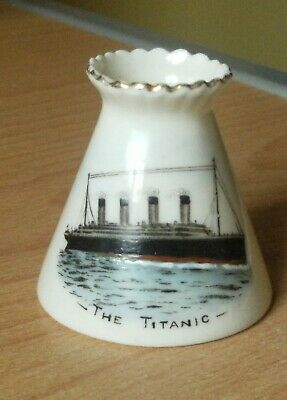 CARLTON WARE (W & R Mark) CRESTED CHINA SMALL POT WITH TRANSFER PRINT OF TITANIC • 46.50£