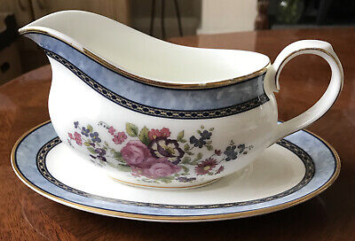Royal Doulton CENTENNIAL ROSE Gravy Boat And Plate. • 4£