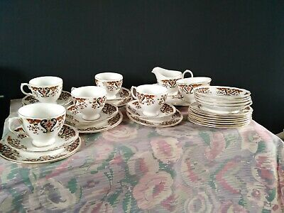 Vintage Colclough  Royale  Imari Bone China Part Tea Set • 16£