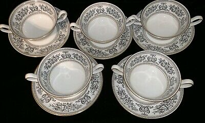 Wedgwood Black Columbia Two Handled Soup Coupes / Bowls And Stands • 150£