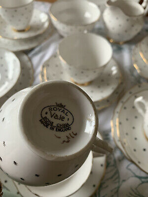 Royal Vale Bone China • 50£