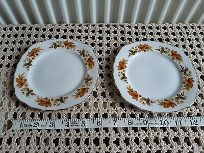 2 X Royal Vale Tea Plates @ • 10£