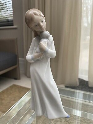 Lladro Figurines X 2  All In Excellent Condition With Original Stamp On Base • 45£