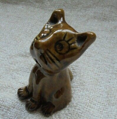 Unit 2 Unit 2 Studio Pottery Abstract Cat Figure • 2.99£