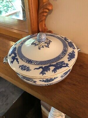 Booths Blue Dragon Covered Vegetable Dish. Chip Under Lid. • 8£