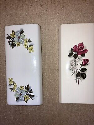 X2 Vintage Floral Wall Pockets • 15£