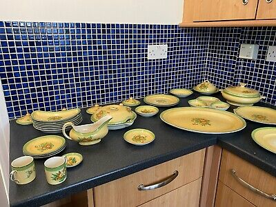 Joblot BOOTHS SILICON CHINA POTTERY SET  • 45£