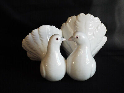 Vintage Lladro Figurine Of Two Doves,model 1169. • 4.99£