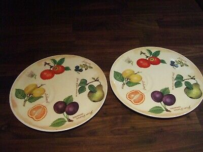 2 X Roy Kirkham Plates With Cup Indentation - Parchment Fruit Design Dated 2000 • 35£