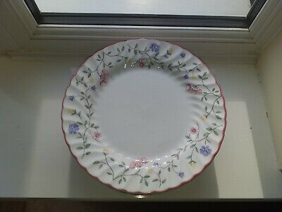 Lovely Vintage Johnson Brothers Summer Chinz 8 Piece China Dinner/Salad Plates • 9.99£