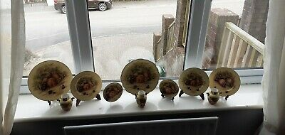 Aynsley Orchard Gold Plates And Vases  • 50£