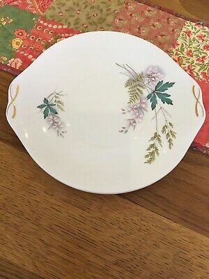 Queen Anne Serving Plate - Louise Pattern • 9.99£