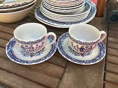 Johnsons Hearts And Flowers Cups And Saucers X 4 Diameter 8cm • 14.99£