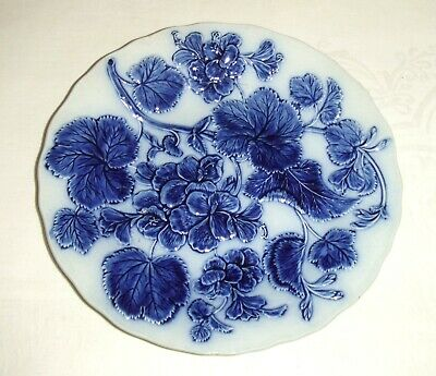Vintage/Antique Blue & White Pearl Ware Plate ~ With Leaf Pattern In Relief • 35£