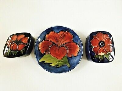Two Vintage Moorcroft Trinket Boxes Anemone Pattern & Small Plate Ref 131/4 • 51£