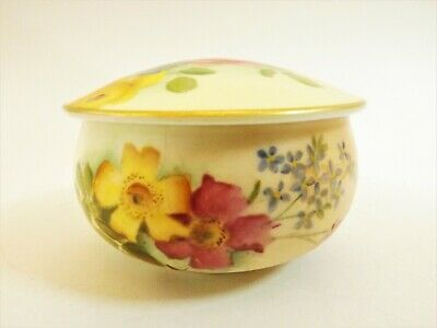 Antique Royal Worcester Lidded Pot / Blush Ivory Hand Painted Dated 1903 R205/2 • 0.99£