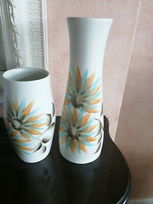 Two Radford Pottery Vases... Pattern Is 1940's • 35£
