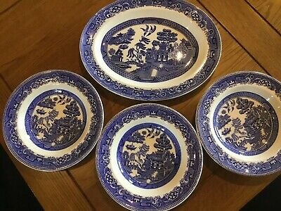 Blue Old Willow Pattern Rimmed Dishes Plus Oval Plate • 10£