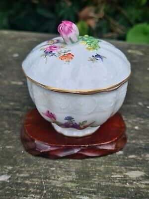Antique Carl Thieme Dresden Hand Painted Floral Rose Bud Lidded Trinket Box  • 19.99£