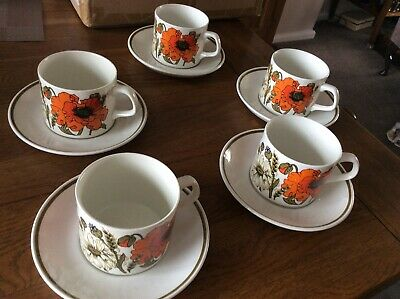 Vintage Retro J&G Meakin Poppy Tea Coffee Cups And Saucers X 5 • 9.99£
