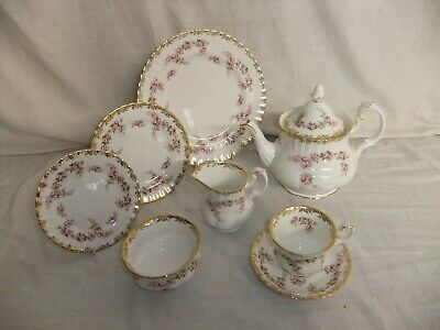 C4 Porcelain Royal Albert Bone China - Dimity Rose (1969) - Vintage 2A4B • 15£