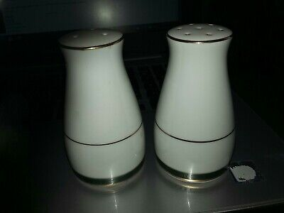 Boots Hanover Green Pattern Salt And Pepper Cruet Set  • 8.99£