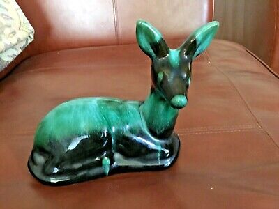 VINTAGE BLUE MOUNTAIN POTTERY 'Resting Deer' EXCELLENT CONDITION  With Sticker • 10£