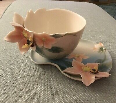 Franz Porcelain Cup And Saucer. Bee And Flower Design. • 30£