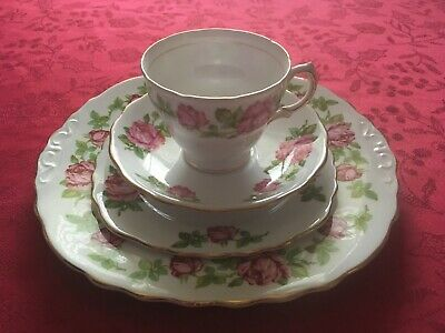 Royal Vale Bone China Four Piece Set; Tea Cup, Saucer, Side Plate & Dinner Plate • 6.75£
